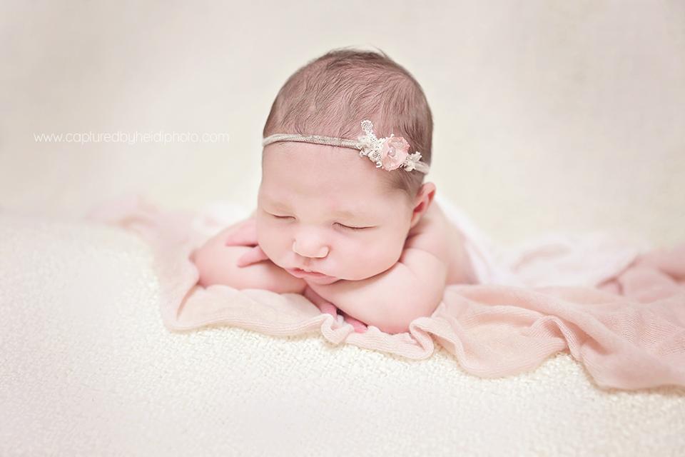 1-central-iowa-newborn-photographer-huxley-ankeny-olson.png