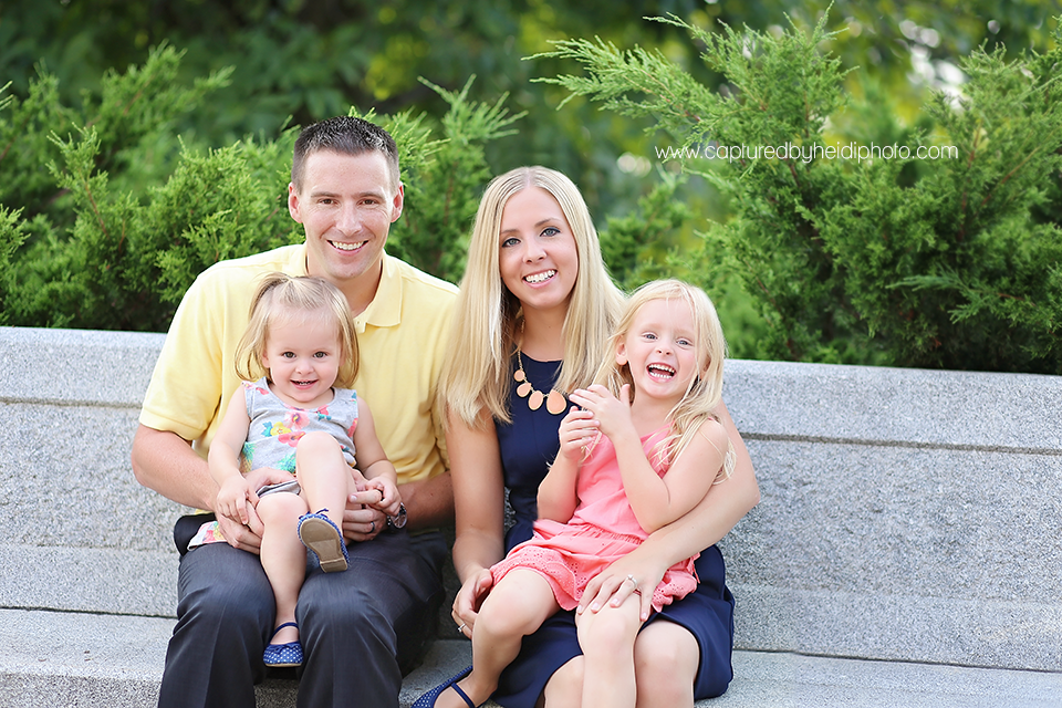 1-central-iowa-family-photographer-huxley-johnston-downtown-desmoines-boege.png
