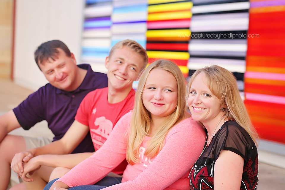 1-central-iowa-family-photographer-huxley-desmoines-stuart-downtown-desmoins-family-pictures-crawford.png