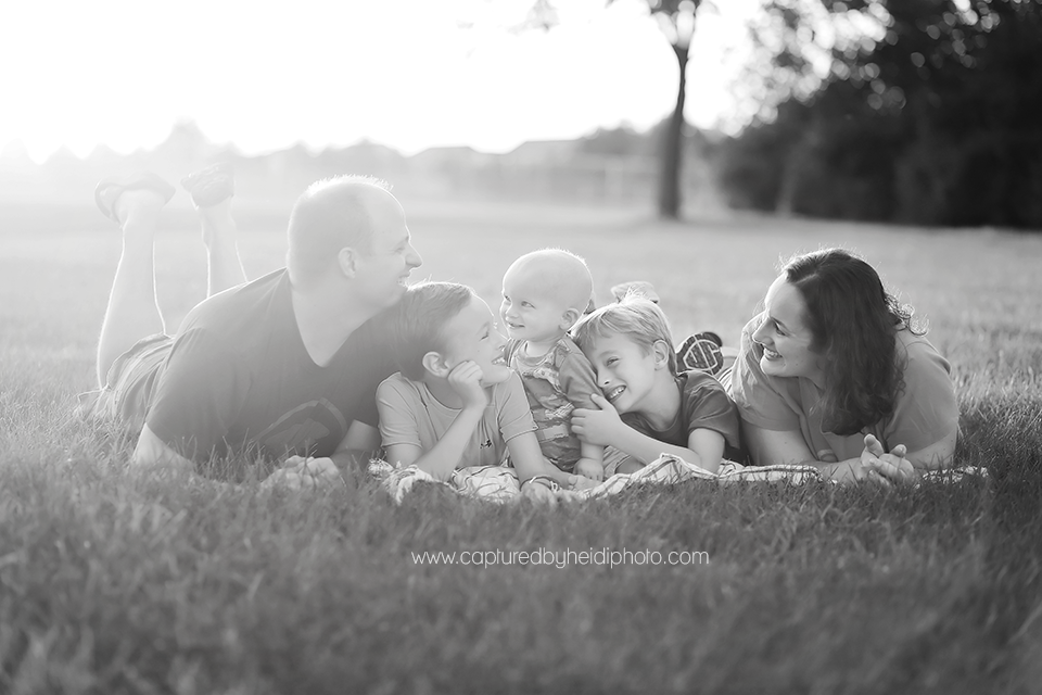 7-centraliowa-family-photographer-huxley-slater-boone-desmoines-johnson.png