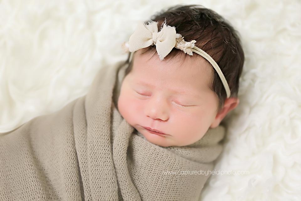 4-central-iowa-newborn-photographer-huxley-urbandale-desmoines-squire.png