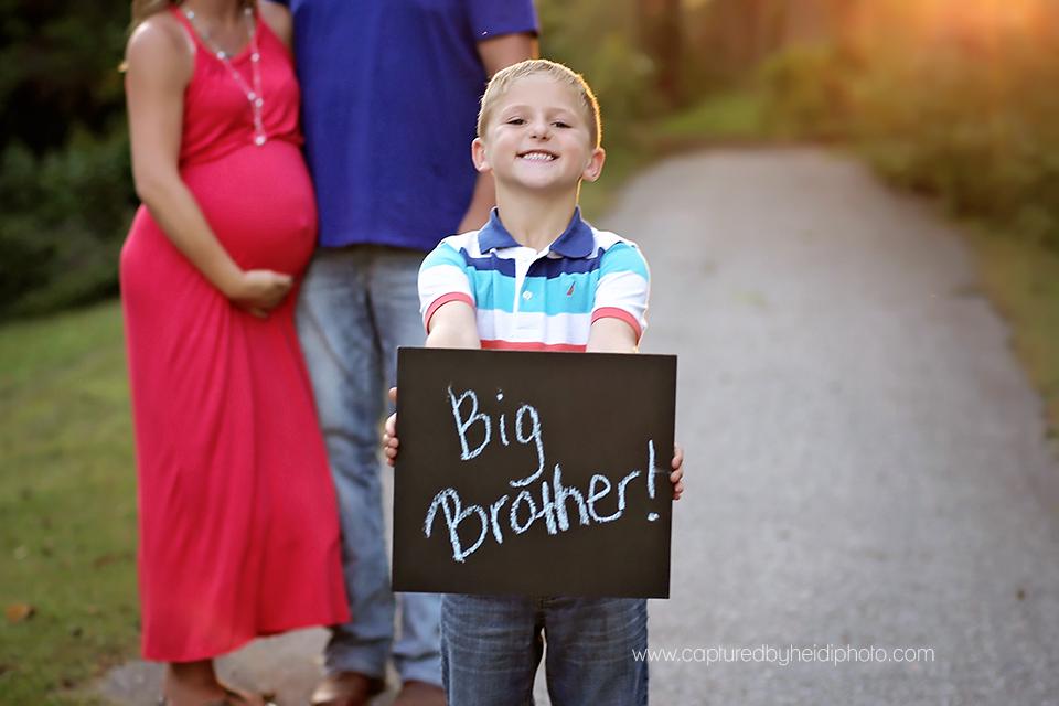 7-central-iowa-family-maternity-photographer-huxley-desmoines-corydon-allen.png