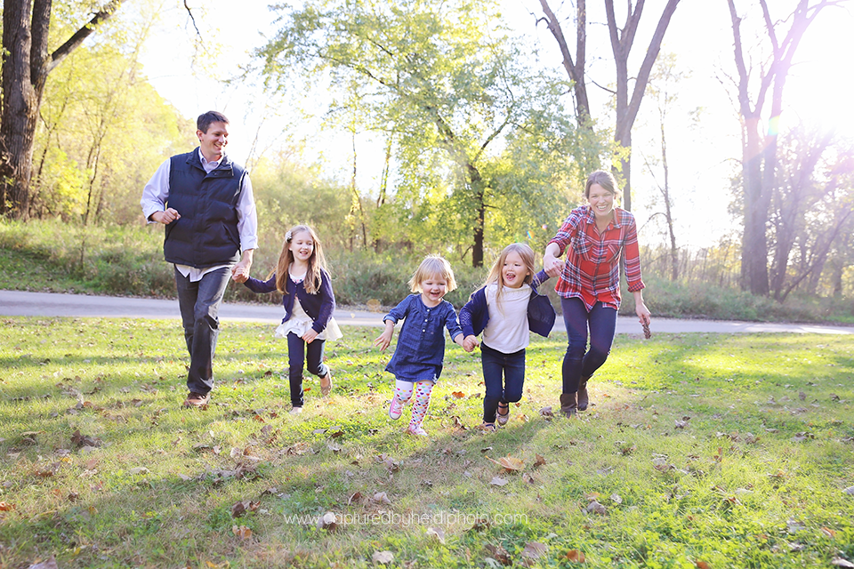 2-central-iowa-family-photographer-huxley-ames-boone-ledges-ryan-angie-sears-ankeny.png