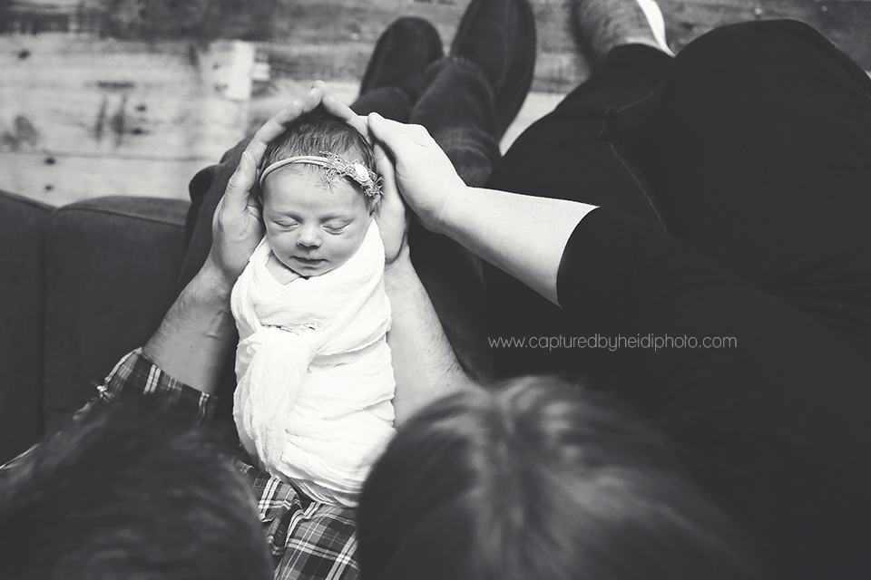 3-central-iowa-newborn-photographer-huxley-ankeny-desmoines-johnston-trobaugh.png