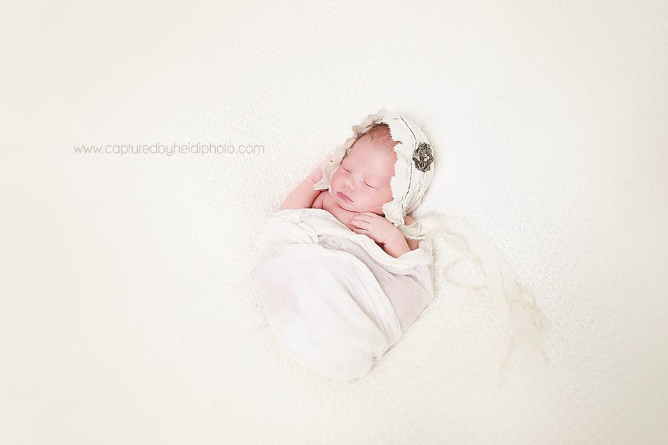 3-central-iowa-newborn-photographer-cbh-photography-huxley-ames-desmoines-shane-meagan-burnham-wyatt.png