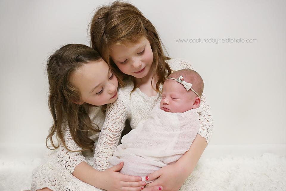 10-central-iowa-newborn-photographer-cbh-photography-huxley-ames-desmoines-shane-meagan-burnham-wyatt.png