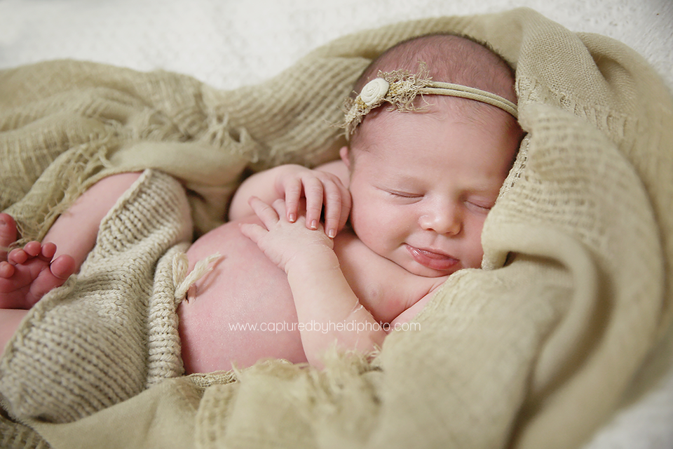 7-central-iowa-newborn-photographer-huxley-ankeny-desmoines-waukee-chelsey-recker-keth-malone.png
