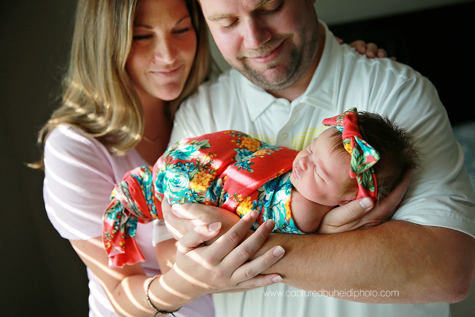 4-central-iowa-newborn-photographer-huxley-desmoines-west-desmoines-waukee-kelly-krause.png