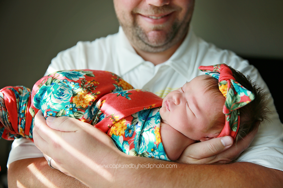 6-central-iowa-newborn-photographer-huxley-desmoines-west-desmoines-waukee-kelly-krause.png
