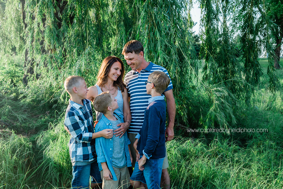 1 central iowa family photographer huxley ames desmoines captured by heidi hicks photography moore memorial park becky strother.jpg