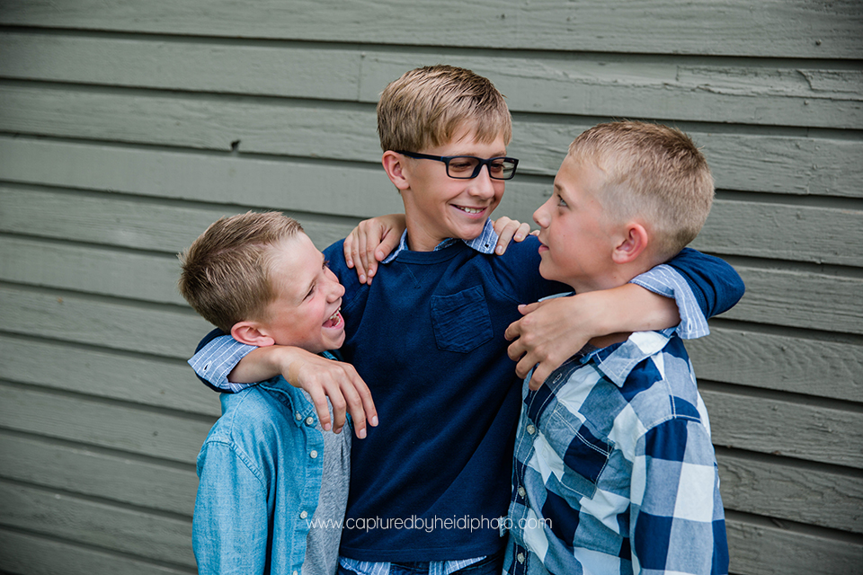 6 central iowa family photographer huxley ames desmoines captured by heidi hicks photography moore memorial park becky strother.jpg
