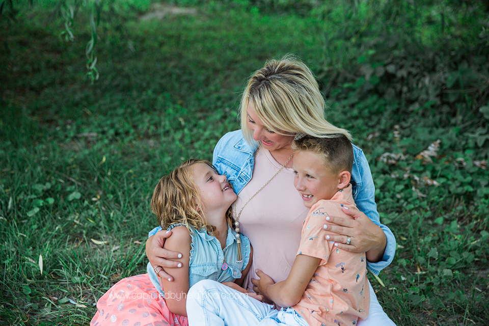5 central iowa family photographer huxley ankeny captured by heidi hicks meredith mcanelly.jpg