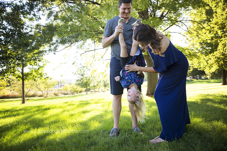 10 central iowa family photographer huxley desmoines captured by heidi hicks brenna rueschhoff.jpg