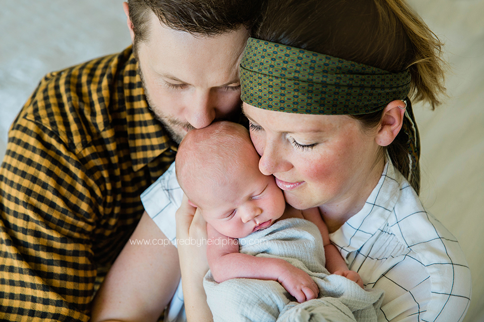 8 central iowa family newborn photographer huxley desmoines ankeny ames captured by heidi hicks.jpg