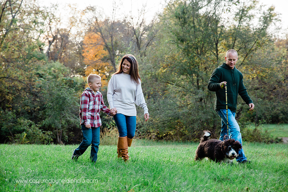 10 central iowa family photographer captured by heidi hicks ames desmoines ankeny bri laughlin.jpg