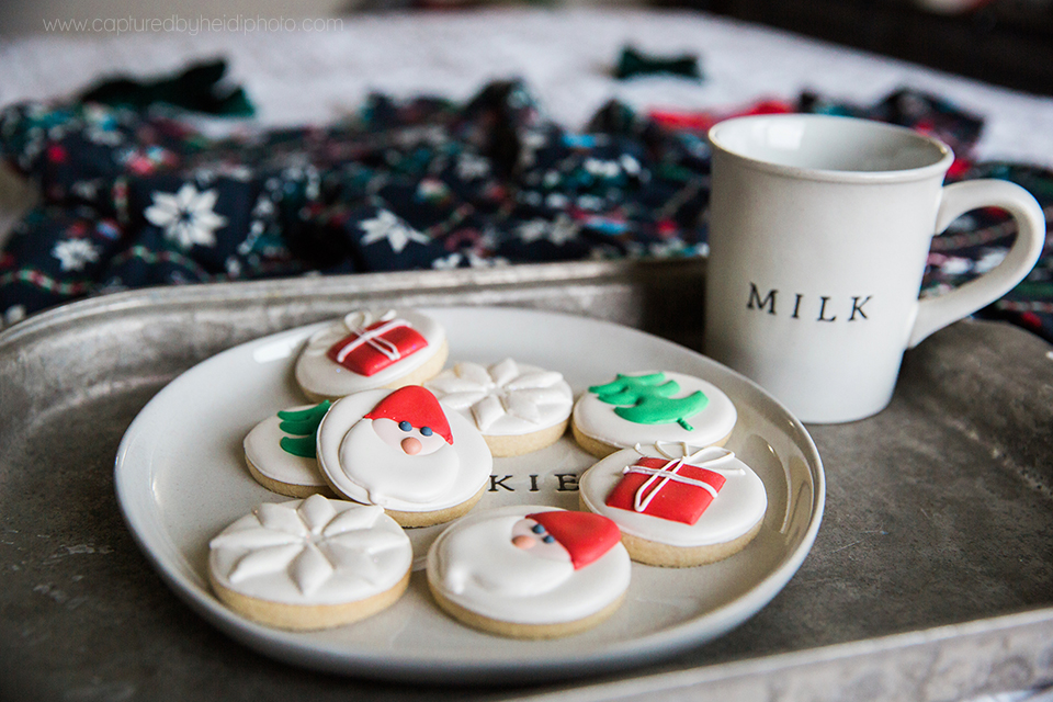 2 central iowa family photographer huxley desmoines ankeny captured by heidi hicks yume cookies christmas minis pajamas santa milk cookies.jpg