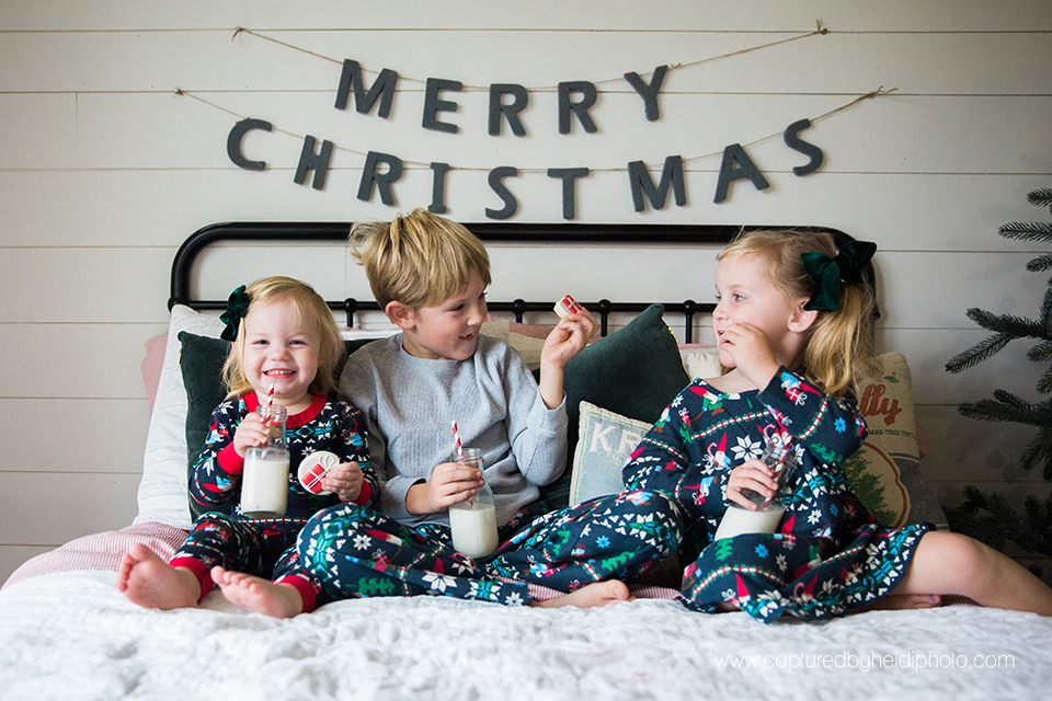 12 central iowa family photographer huxley desmoines ankeny captured by heidi hicks yume cookies christmas minis pajamas santa milk cookies.jpg