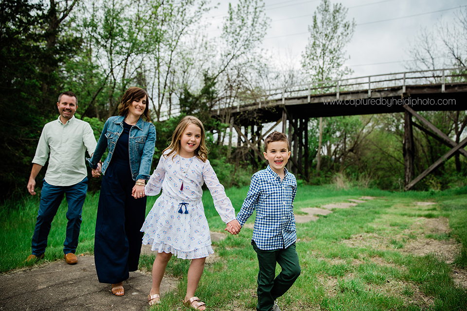 8 central iowa family photographer huxley desmoines captured by heidi hicks erica duke.jpg