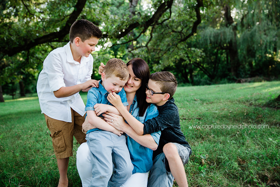 4 central iowa family photographer huxley desmoines ankeny captured by heidi photography hicks jessica gee.jpg