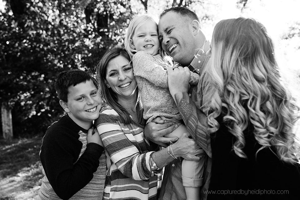 11 central iowa family photographer huxley desmoines ames ankeny slater captured by heidi photography amanda akers.jpg