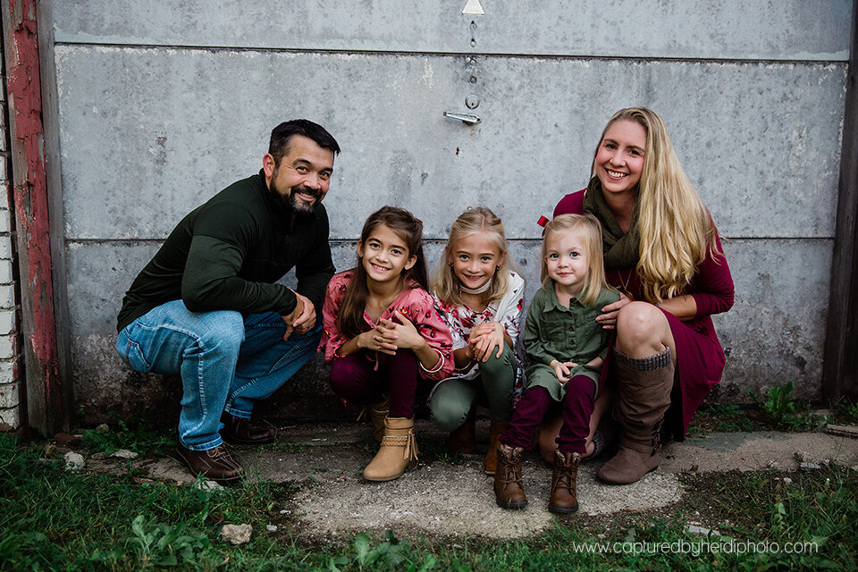 1 central iowa family photographer huxley ames ankeny desmoines captured by heidi hicks spencer katie esslinger.jpg