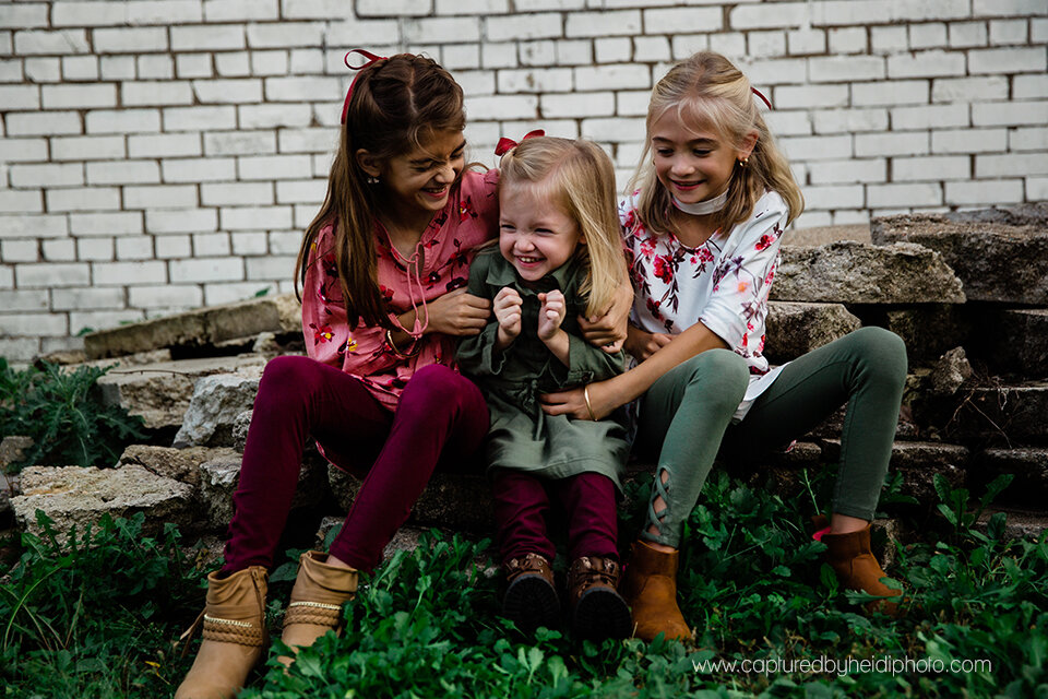 6 central iowa family photographer huxley ames ankeny desmoines captured by heidi hicks spencer katie esslinger.jpg