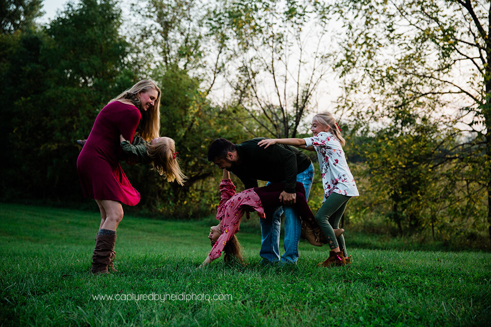 19 central iowa family photographer huxley ames ankeny desmoines captured by heidi hicks spencer katie esslinger.jpg