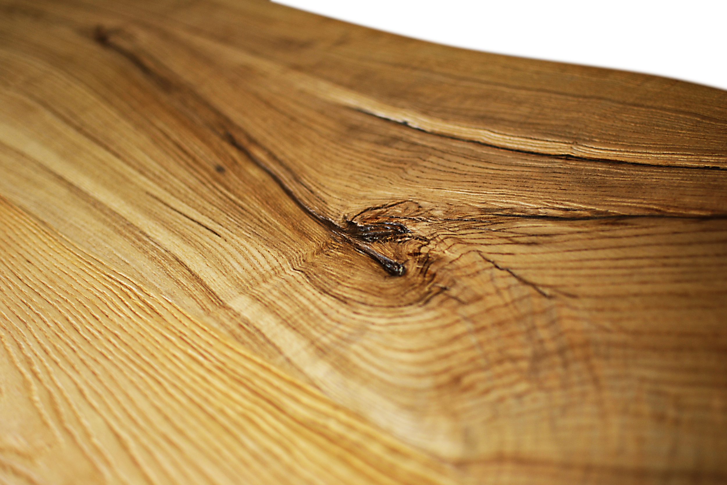 Etz & Steel Chardonnay Live Edge Table Close Up 3.JPG