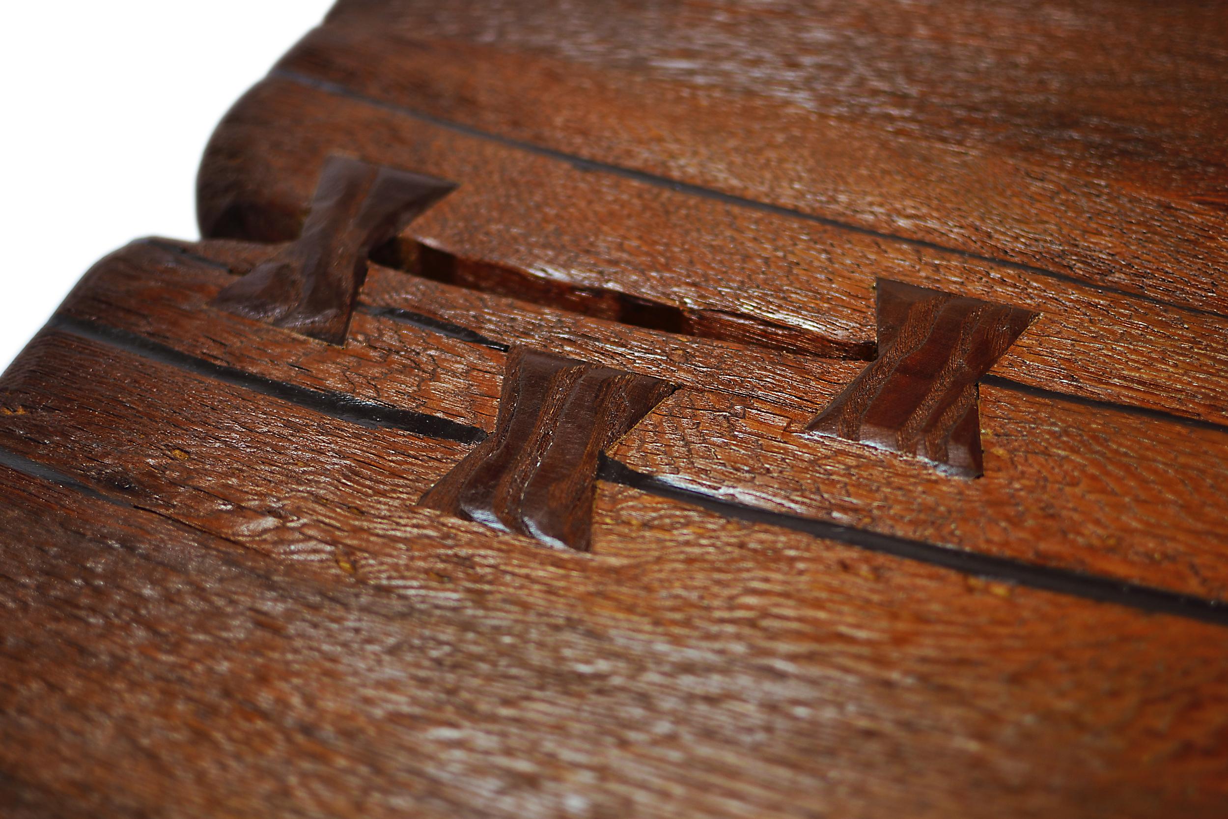 Etz & Steel Shark Tooth Live Edge Table Close Up 5.JPG