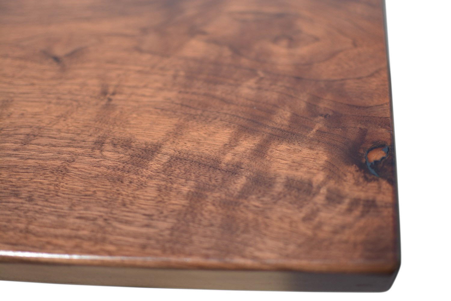 Etz & Steel Jupiter Live Edge Table Close Up 6.jpg