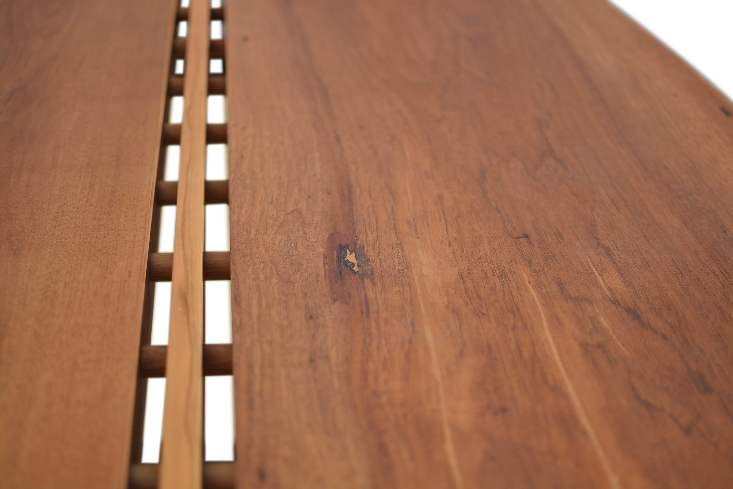 Etz & Steel Gatsby Live Edge Table Close Up 14.JPG