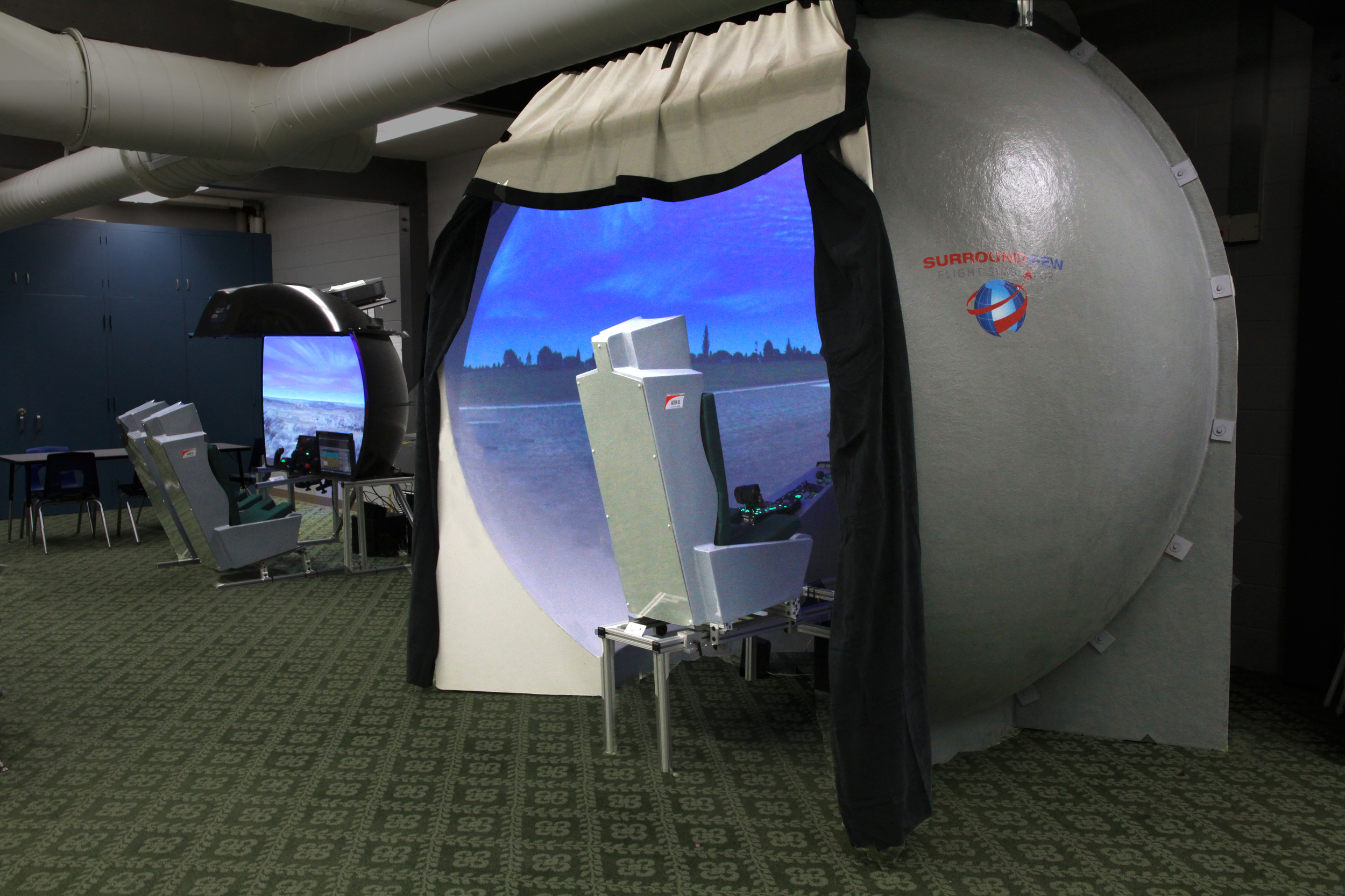 Surround View Flight Simulator