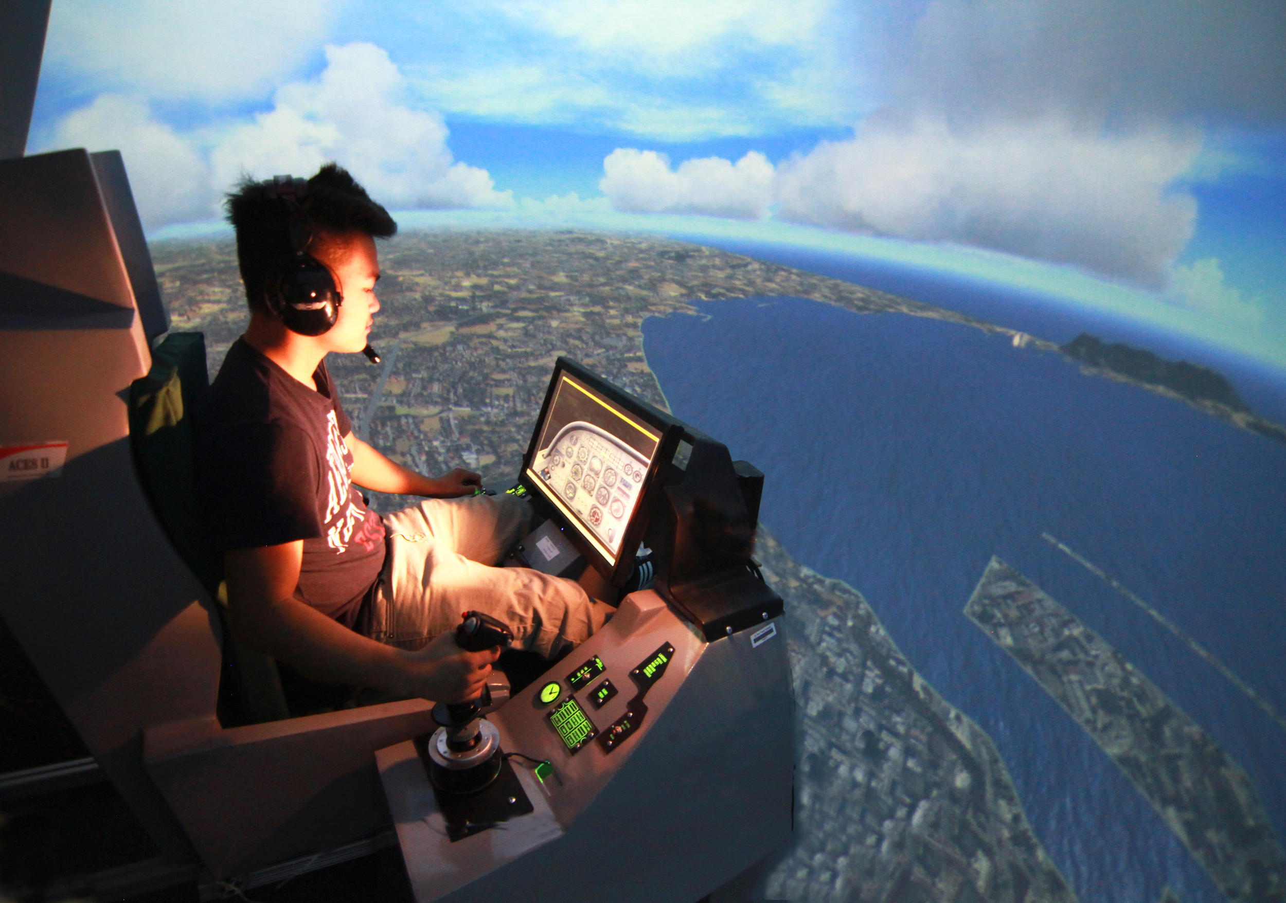 Student flying final approach, Surround View Flight Simulator