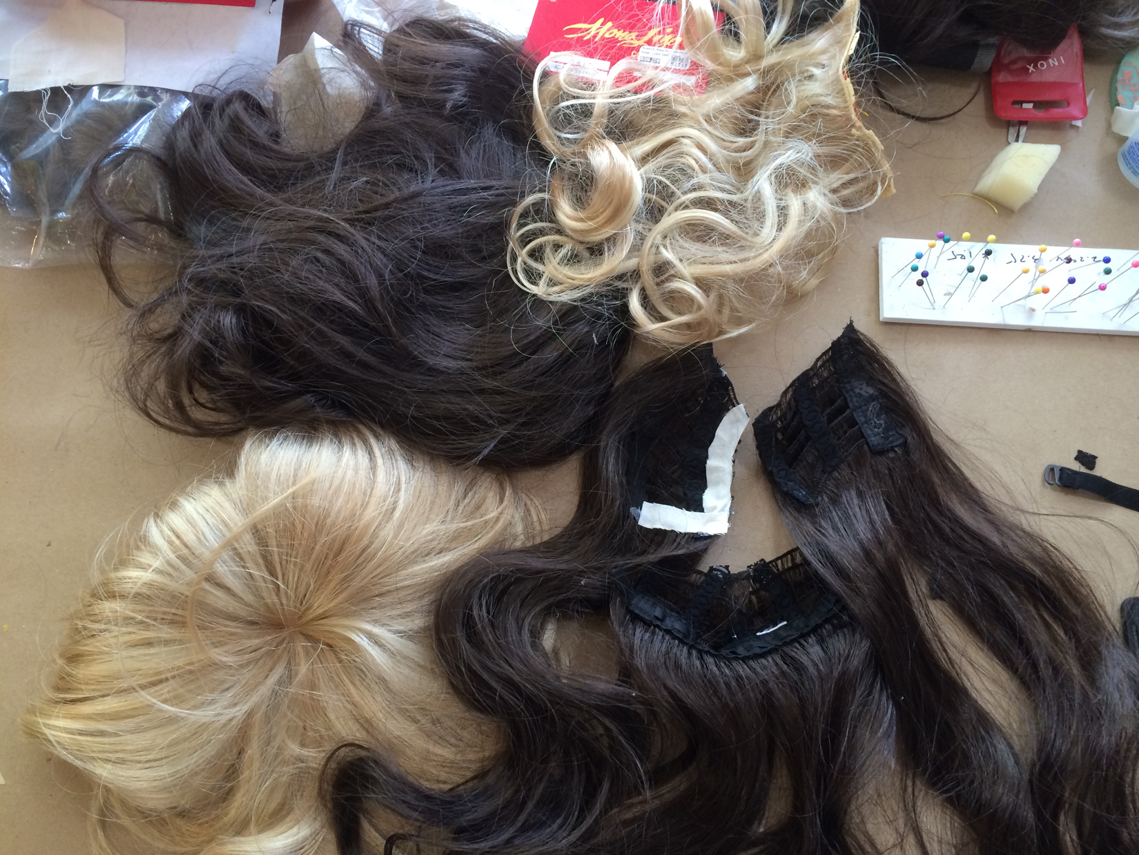 Puppet wigs