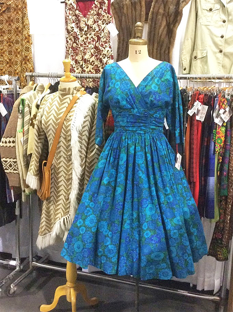 Ottawa-Vintage-Clothing-Show-retrouver-bl-dress.jpg