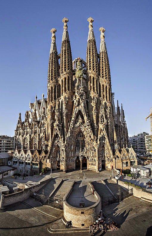 Sagrada Familia -  lalifemagazine.com
