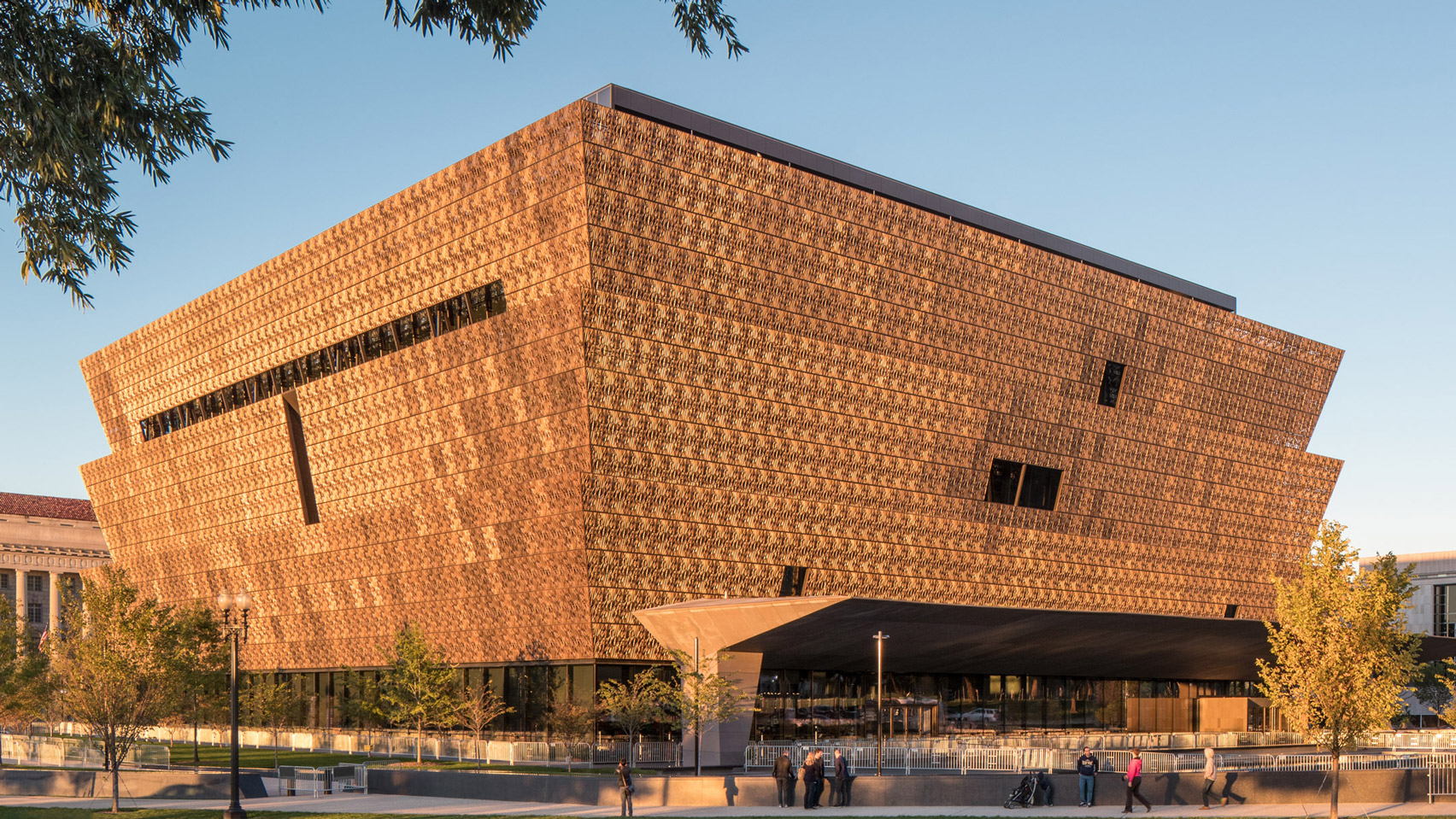National Museum of African American History and Culture -  Dezeen