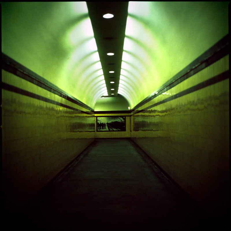 museum tunnel