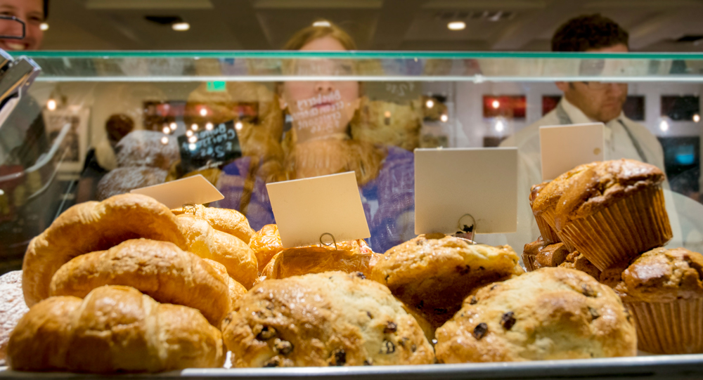 PastryCase2.jpg