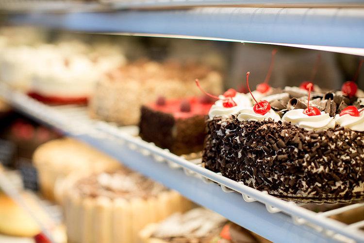 cherry_chocolate_cake.jpg