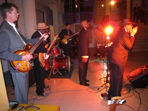 with Billy Flynn, Bob Stroger, Shoji, Ariyo, Kenny & Willie Smith