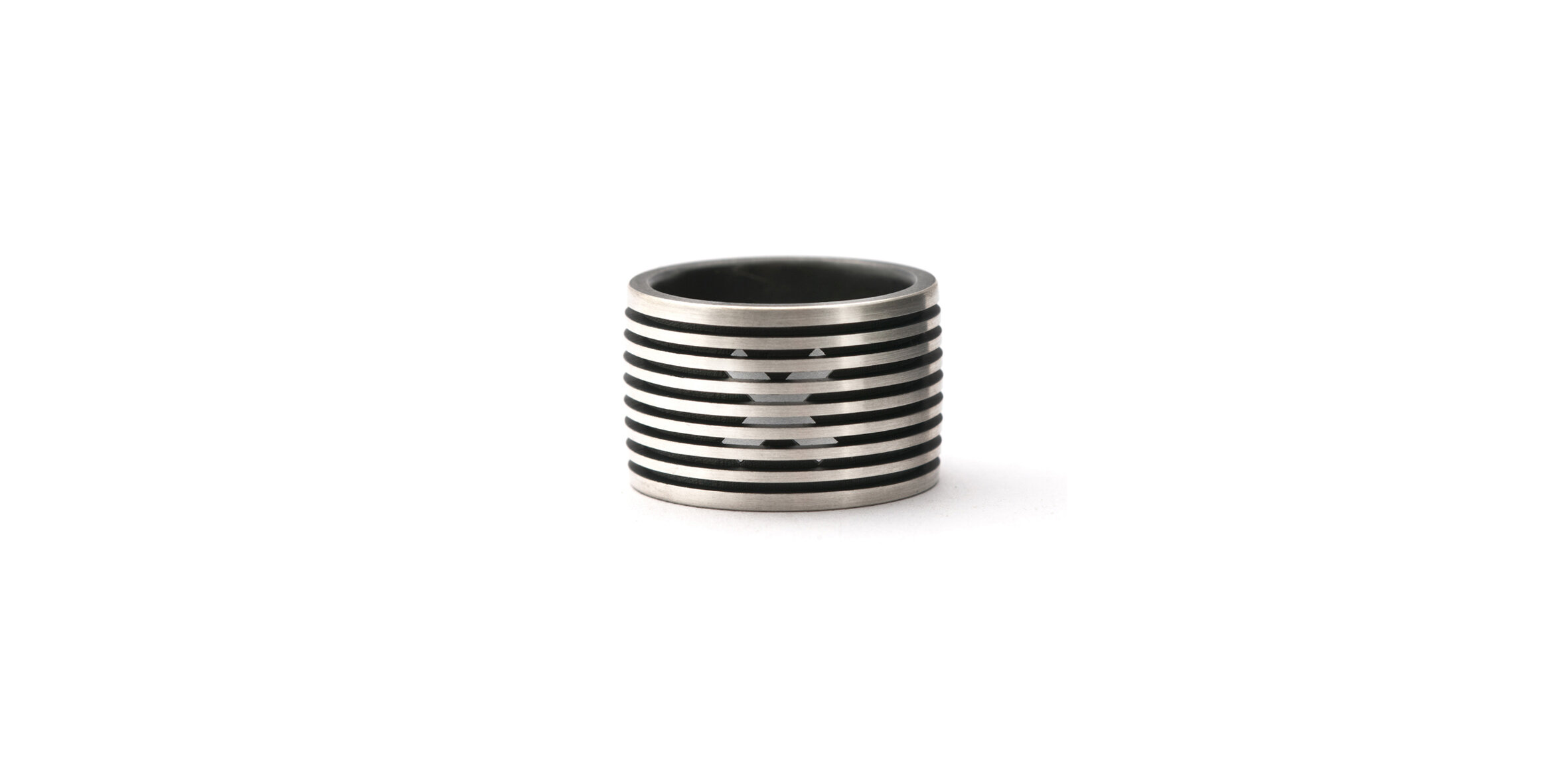 Crux Ring, 2015