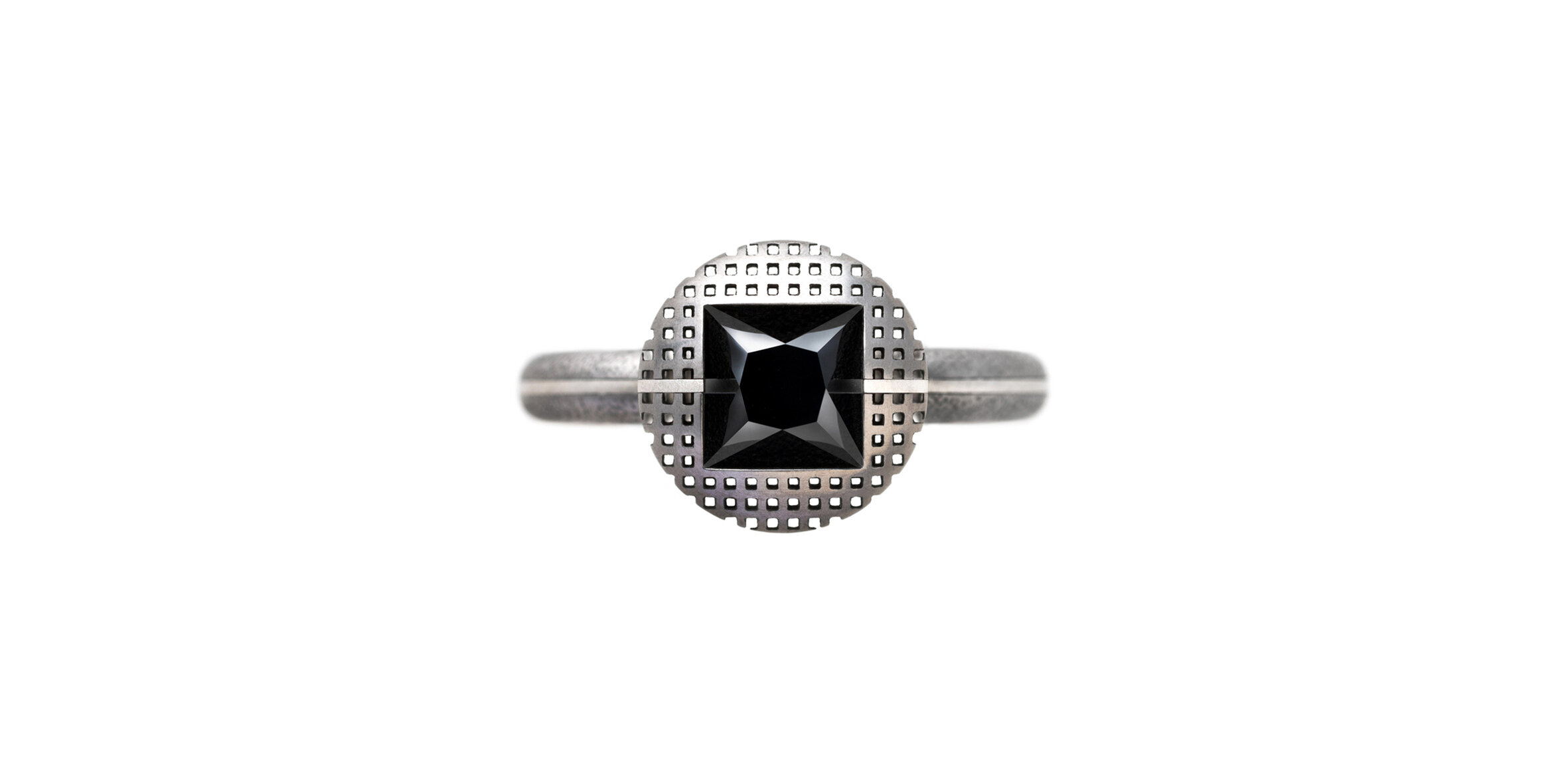 Super Solitaire black.jpg