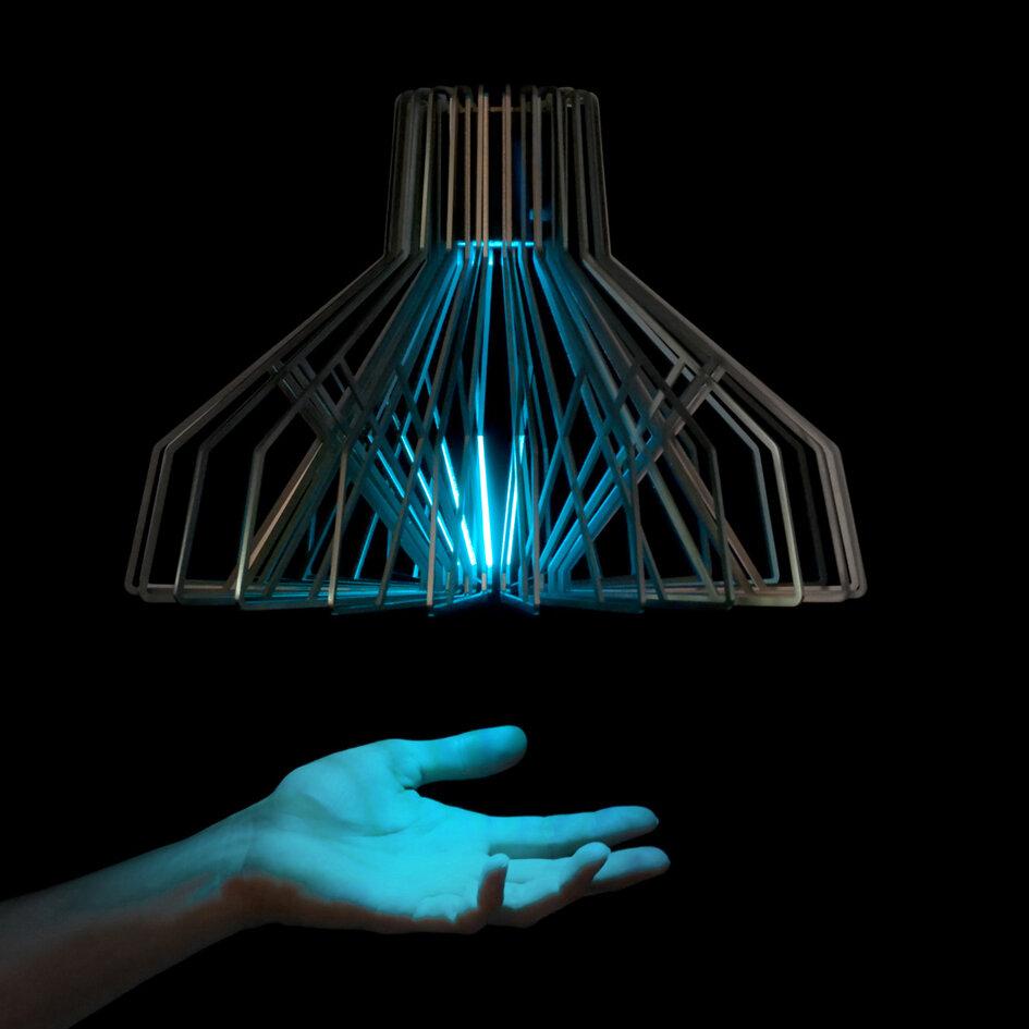 Chameleon Lamp - Funnel, 2012
