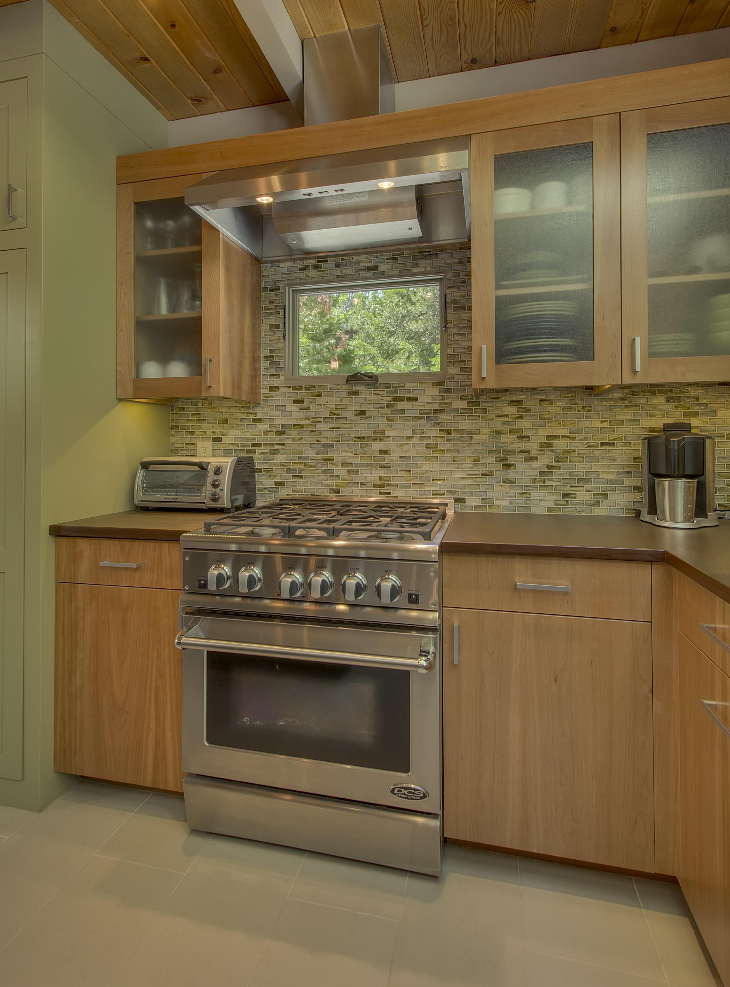 Meyers Cabin, kitchen 3.jpg