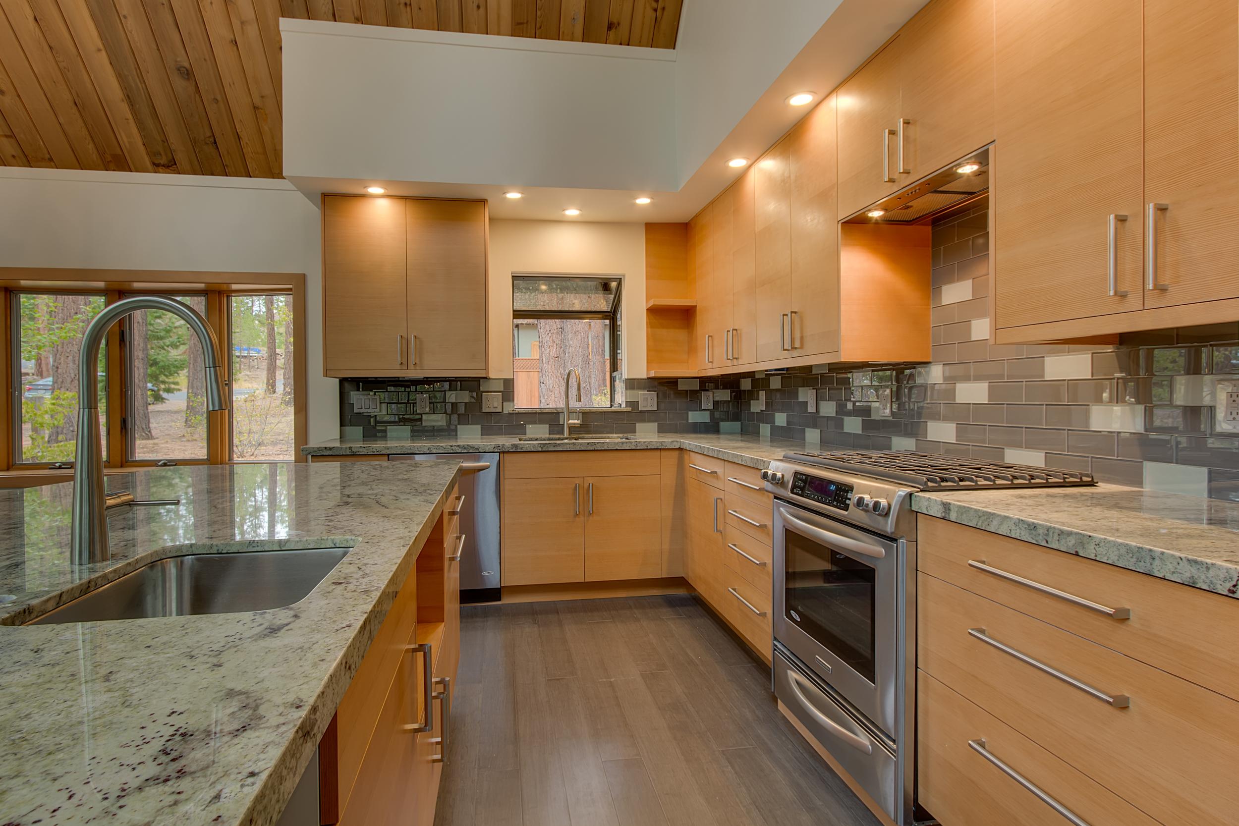 Cedar- Kitchen.jpg