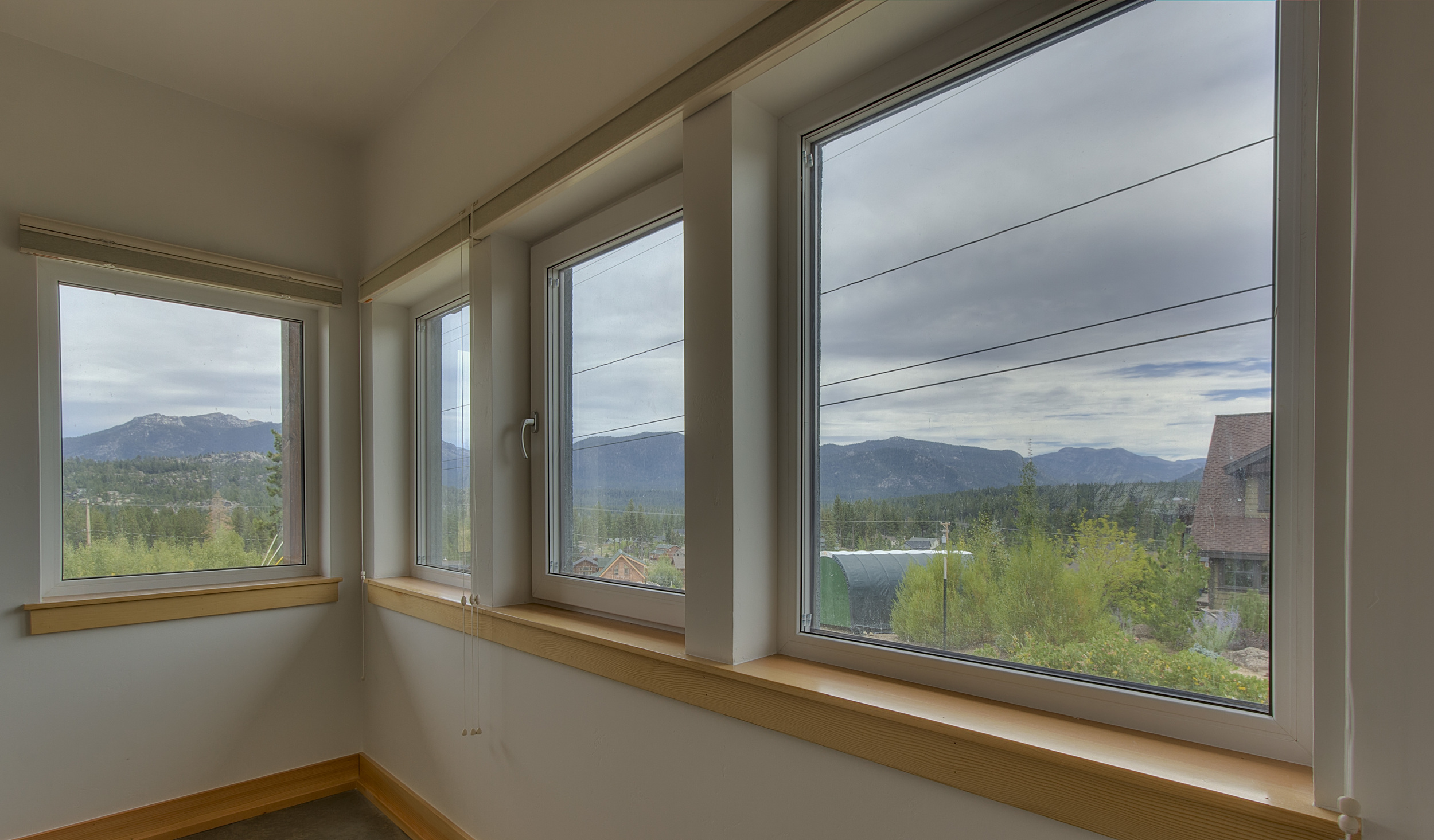 819 Lookout Point Cir. Print Res (12 of 17).jpg