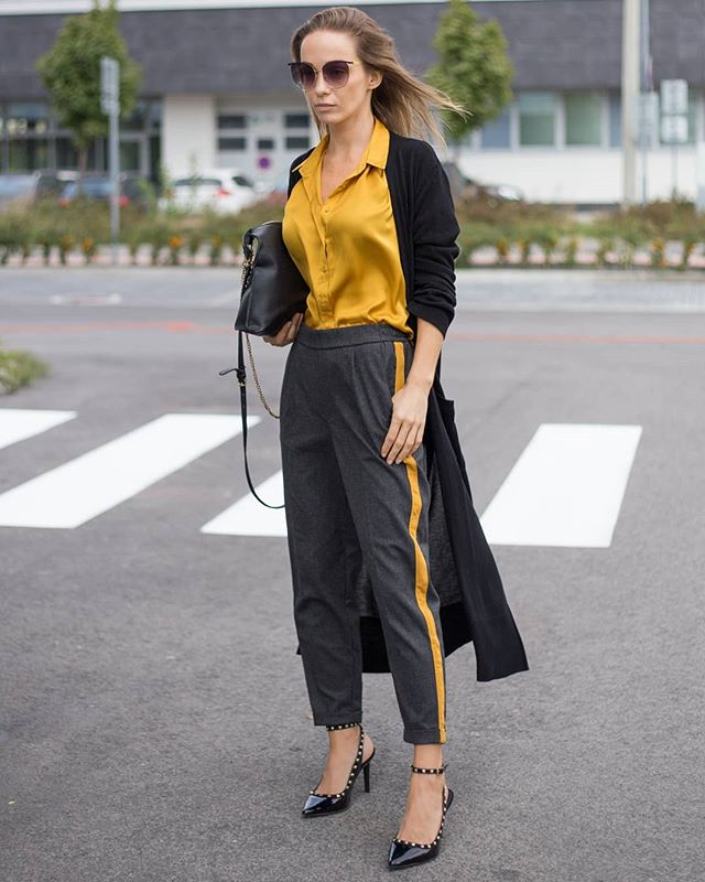 Pár slov k zahájeniu jesennej sezóny v novom príspevku na blogu 👉 link v bio 👈 🍁🍂🍁🍂 . . . #ootd #dnesnosim #blogerka #somfashionista #fashionstyle #fashiondiares #wdywt #outfitinspiration #outfitoftheday #styleblogger #streetphotography #streetstyle #welcomefall #outfit #lookoftheday #trends #fashionistka #streetwear #stylish