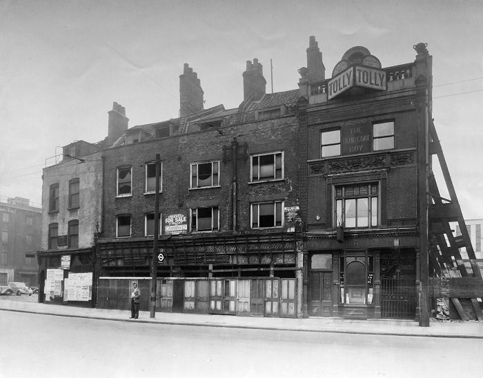 The Blue Coat Boy at 5 Norton Folgate High Street until it closed in 1968 and was demolished.