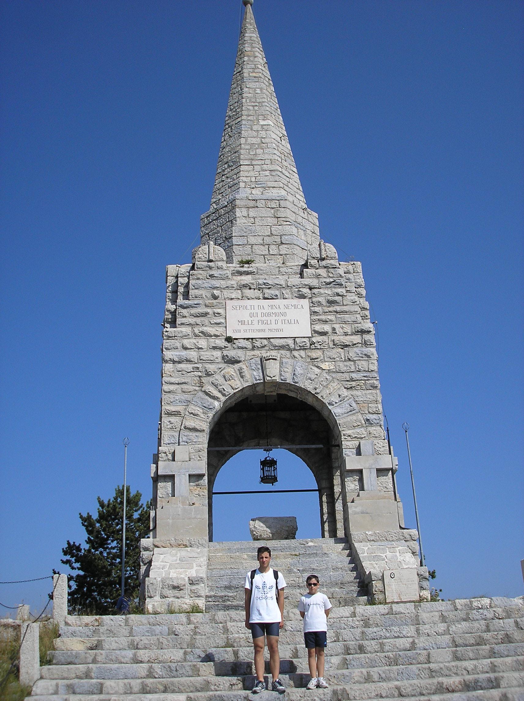 Sacrario di Monte Cimone.JPG